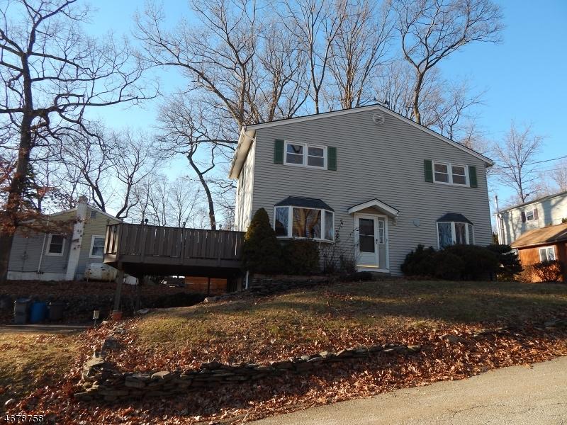 Maison unifamiliale pour l à louer à 579 Rogers Drive Landing, New Jersey 07850 États-Unis