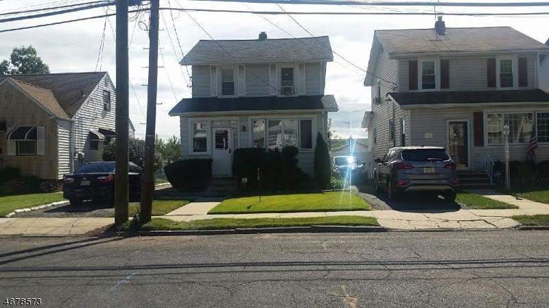 Casa Unifamiliar por un Alquiler en 546 Chapman Street Hillside, Nueva Jersey 07205 Estados Unidos