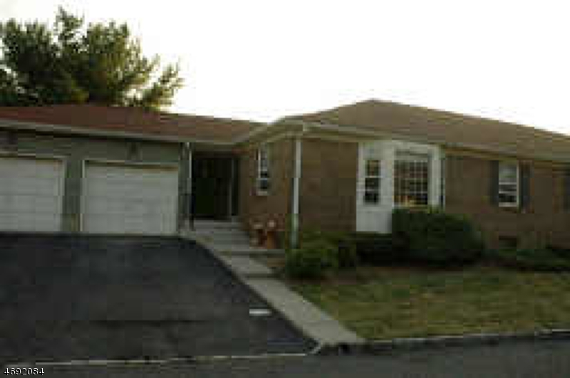 Single Family Home for Rent at 35 Brandywyne Drive Florham Park, New Jersey 07932 United States