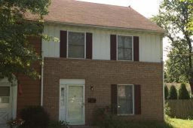Частный односемейный дом для того Аренда на 120 Myrtle Avenue Westfield, Нью-Джерси 07090 Соединенные Штаты