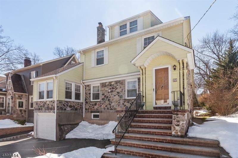 Maison unifamiliale pour l Vente à Address Not Available Verona, New Jersey 07044 États-Unis