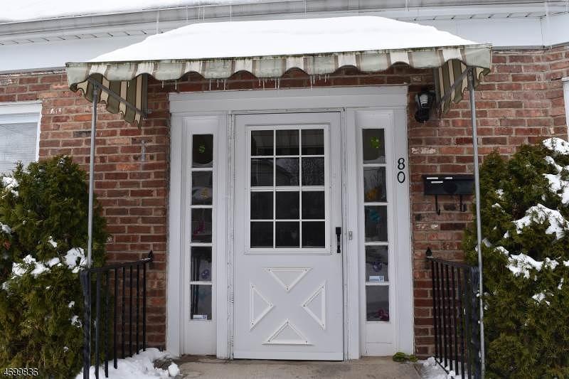 Частный односемейный дом для того Аренда на 80 North Street Madison, Нью-Джерси 07940 Соединенные Штаты
