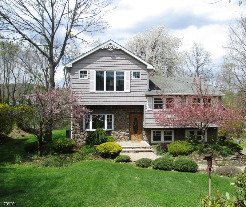 Single Family Home for Rent at 13 Kokora Avenue Montville, New Jersey 07045 United States