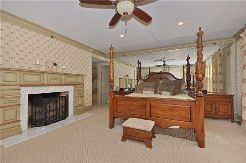 Additional photo for property listing at 18 Deer Trail 18 Deer Trail Boonton, ニュージャージー 07005 アメリカ合衆国