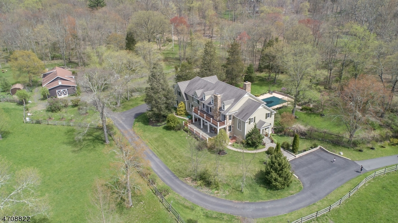 Single Family Home for Sale at 98 Spring Hollow Road Far Hills, New Jersey 07931 United States