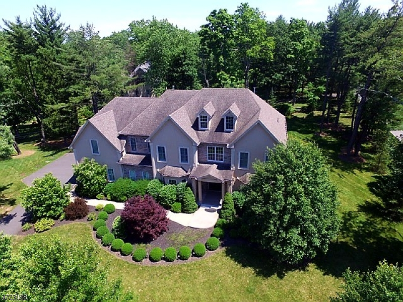 Single Family Home for Rent at 3 Heritage Court Basking Ridge, New Jersey 07920 United States