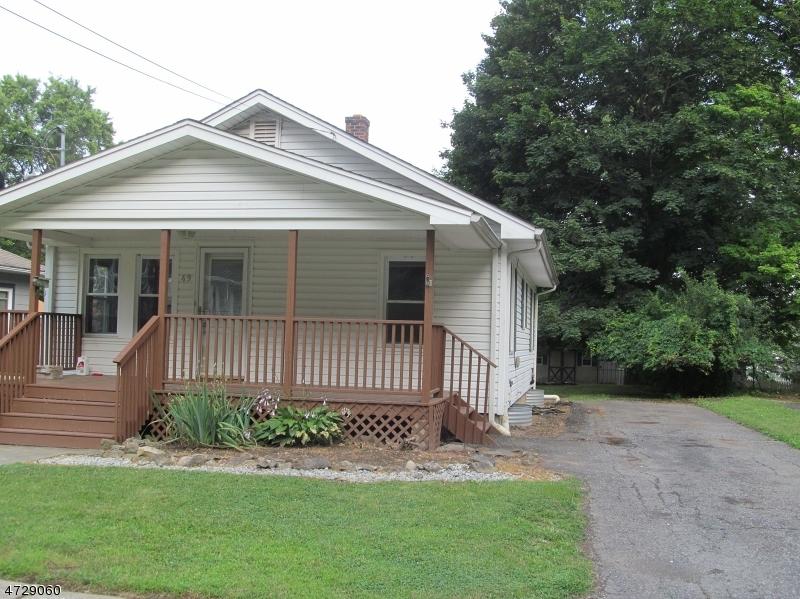 Casa Unifamiliar por un Alquiler en 49 Mason Avenue Newton, Nueva Jersey 07860 Estados Unidos