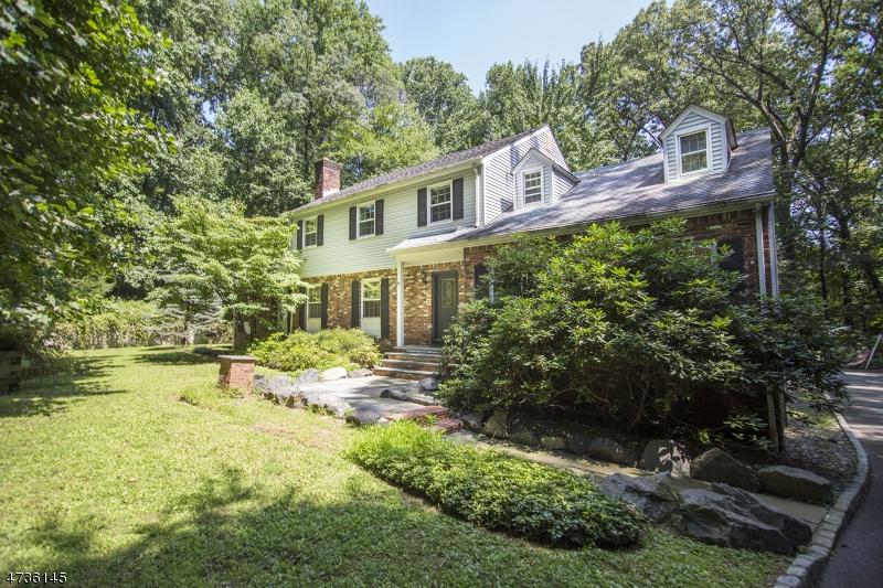 Частный односемейный дом для того Аренда на 55 Hector Road Parsippany, Нью-Джерси 07950 Соединенные Штаты