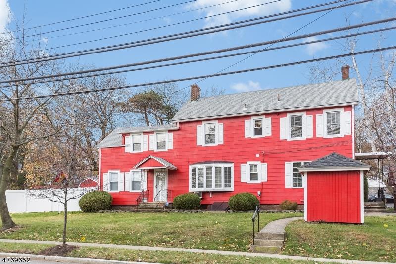 Maison unifamiliale pour l à louer à 616 A Grove Street Montclair, New Jersey 07043 États-Unis