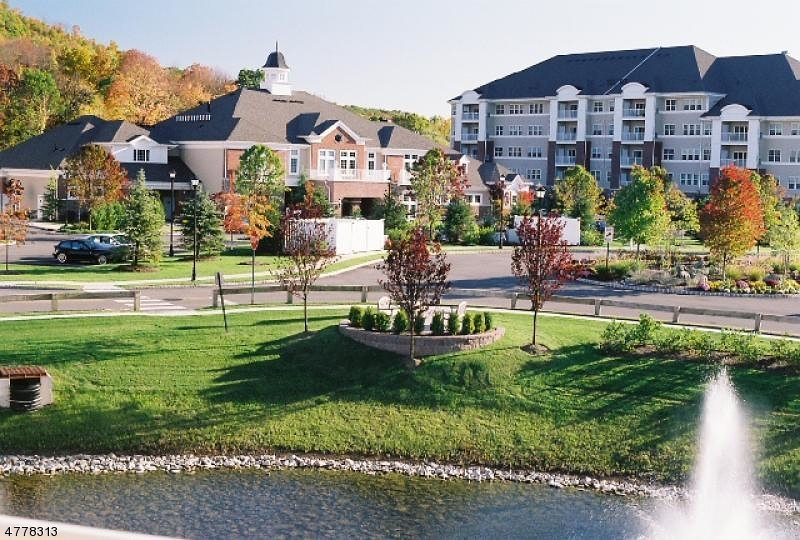 Casa Unifamiliar por un Venta en 9321 Warrens Way Wanaque, Nueva Jersey 07465 Estados Unidos