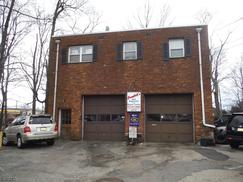 Commercial pour l à louer à 6 Evans Place Pequannock, New Jersey 07444 États-Unis
