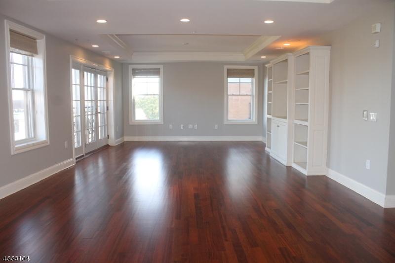 Condominio/ Casa de pueblo por un Alquiler en 40 W Park Place Unit 510 Morristown, Nueva Jersey 07960 Estados Unidos