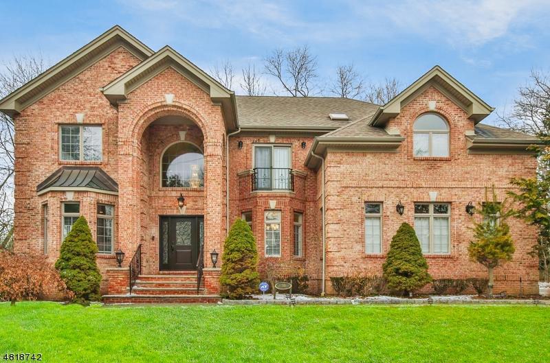 Casa para uma família para Venda às 30 WESTERVELT Avenue Closter, Nova Jersey 07624 Estados Unidos