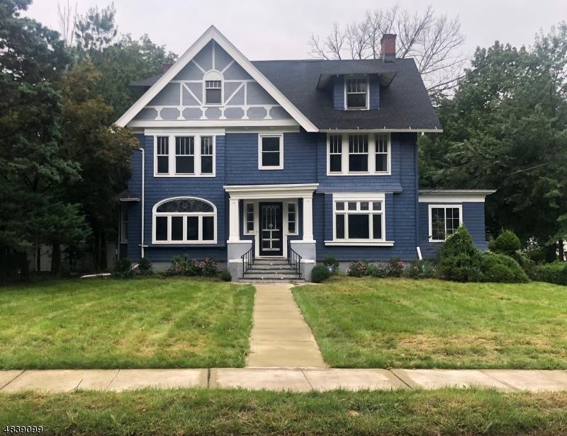 Casa para uma família para Venda às 595 BERKELEY Avenue Orange, Nova Jersey 07050 Estados Unidos