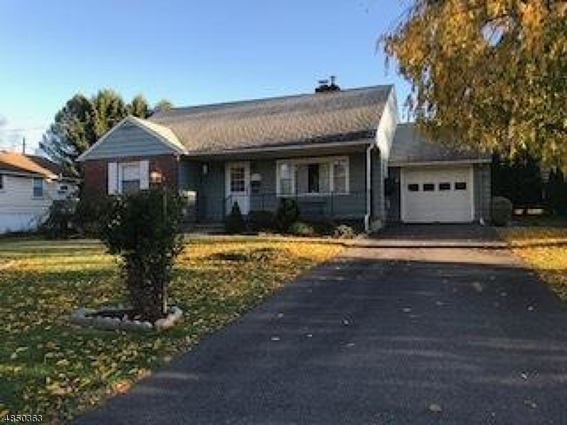 Single Family Home for Sale at 139 BRUNSWICK Avenue Bloomsbury, New Jersey 08804 United States