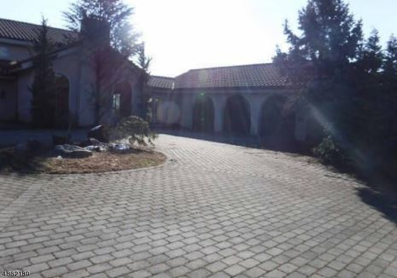 Single Family Home for Sale at 28 KNOLLWOOD Road Boonton, New Jersey 07005 United States