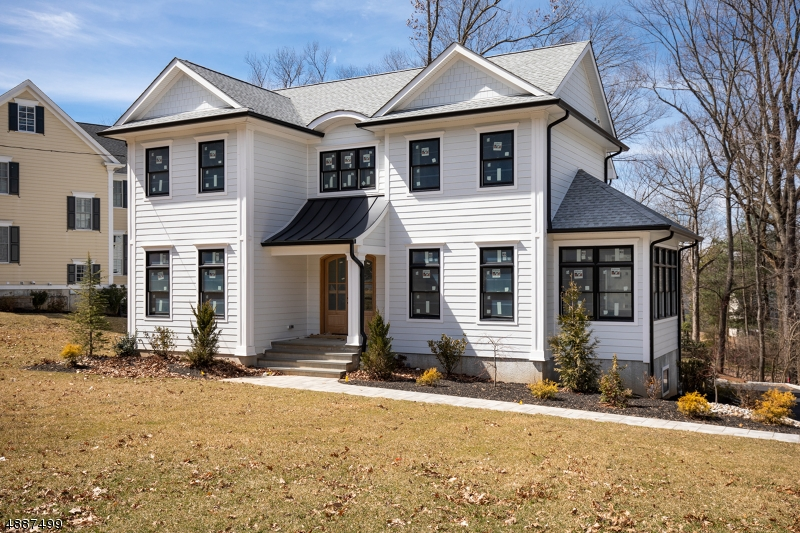 Single Family Home for Sale at 17 JOANNA WAY 17 JOANNA WAY Summit, New Jersey 07901 United States