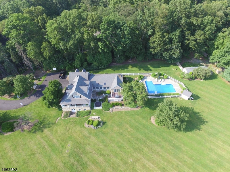 Single Family Home for Sale at Califon, New Jersey 07830 United States