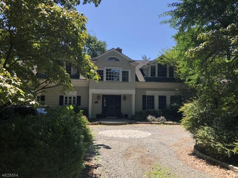 Single Family Homes för Försäljning vid Far Hills, New Jersey 07931 Förenta staterna
