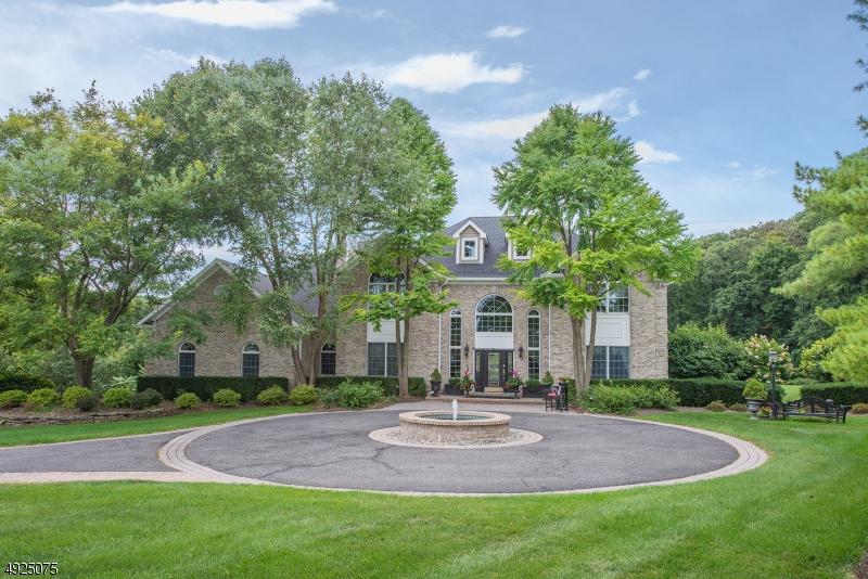 Single Family Homes för Försäljning vid Tewksbury Township, New Jersey 07830 Förenta staterna