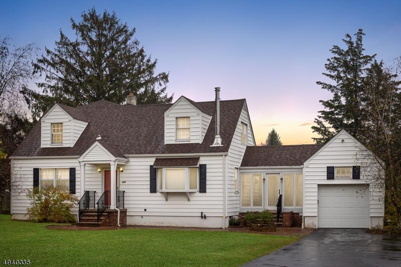 Single Family Homes für Verkauf beim High Bridge, New Jersey 08829 Vereinigte Staaten