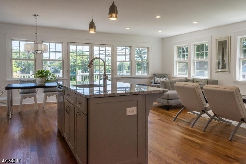 Single Family Homes för Försäljning vid Glen Ridge, New Jersey 07028 Förenta staterna