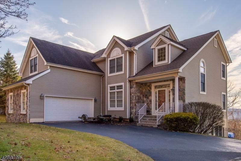 Single Family Homes 为 销售 在 Wanaque, 新泽西州 07465 美国