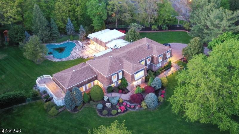 Single Family Homes 용 매매 에 Holmdel, 뉴저지 07733 미국