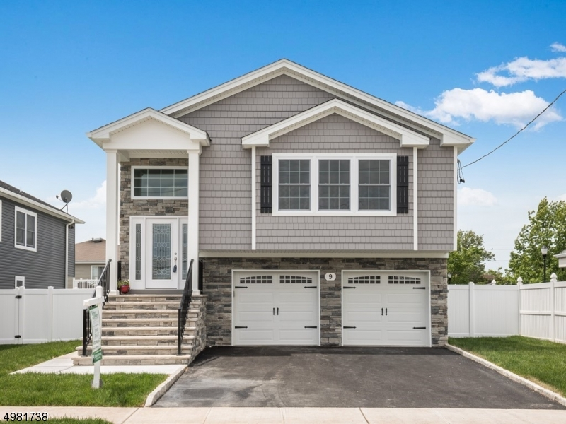 Single Family Homes 为 销售 在 德尔布鲁克, 新泽西州 07663 美国