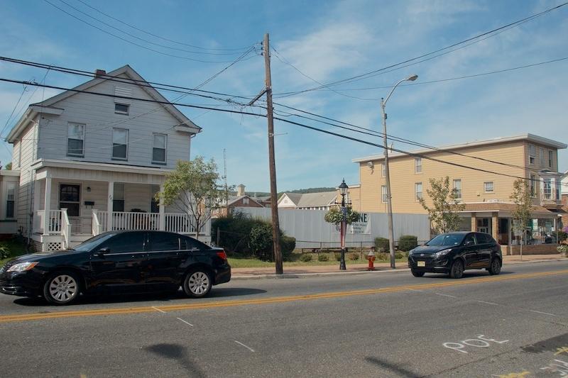 Additional photo for property listing at 276-278 MAIN Street  Hackettstown, Нью-Джерси 07840 Соединенные Штаты
