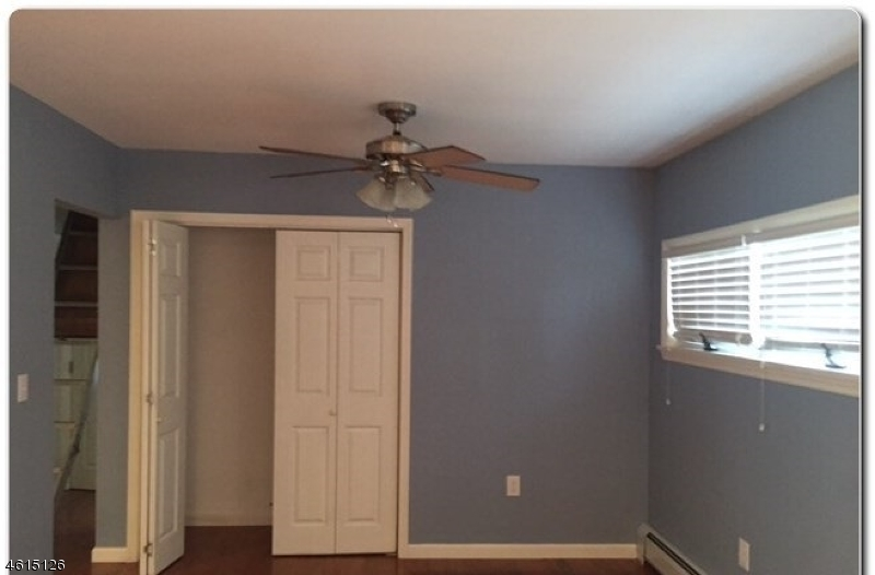 Additional photo for property listing at 1456 Madison Place  Pompton Lakes, New Jersey 07442 United States