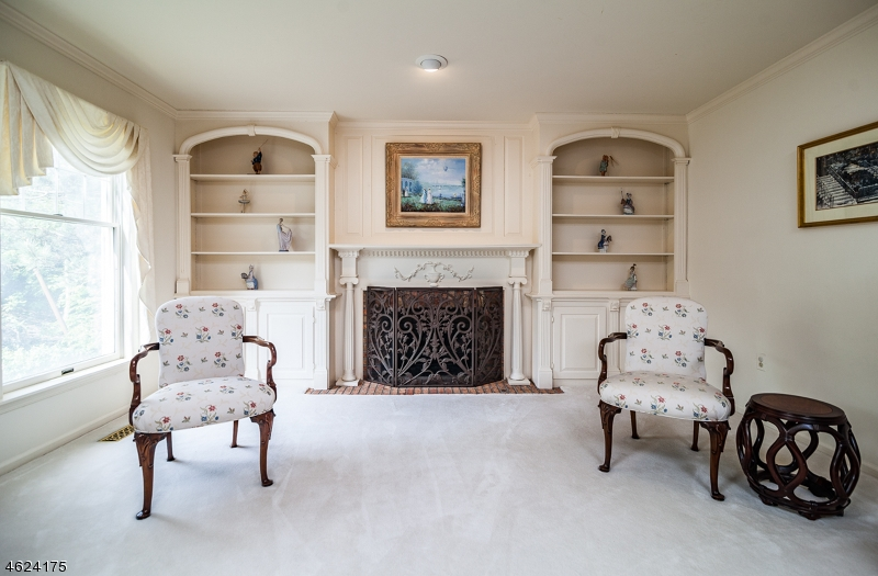 Additional photo for property listing at 5 Indian Lane  Florham Park, New Jersey 07932 États-Unis