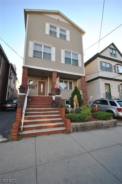 Additional photo for property listing at 152 W 9th Street  Bayonne, New Jersey 07002 United States