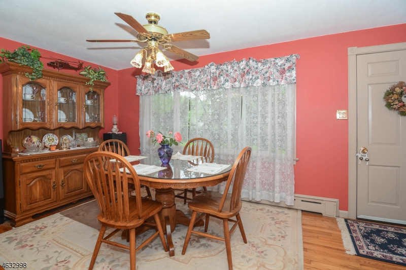Additional photo for property listing at 227 Old Croton Road  Flemington, Нью-Джерси 08822 Соединенные Штаты