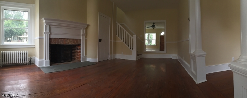 Additional photo for property listing at 35 Church Street  Bloomsbury, New Jersey 08804 United States