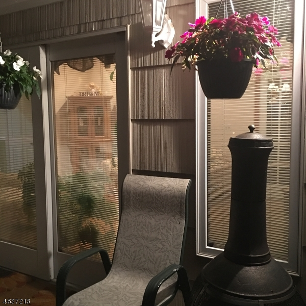 Additional photo for property listing at 43 Skytop Road  Cedar Grove, New Jersey 07009 United States