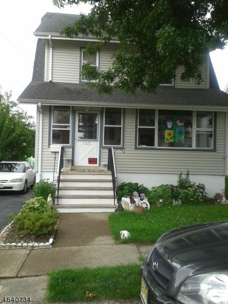 Additional photo for property listing at 169 E 8th Street  Clifton, Нью-Джерси 07011 Соединенные Штаты