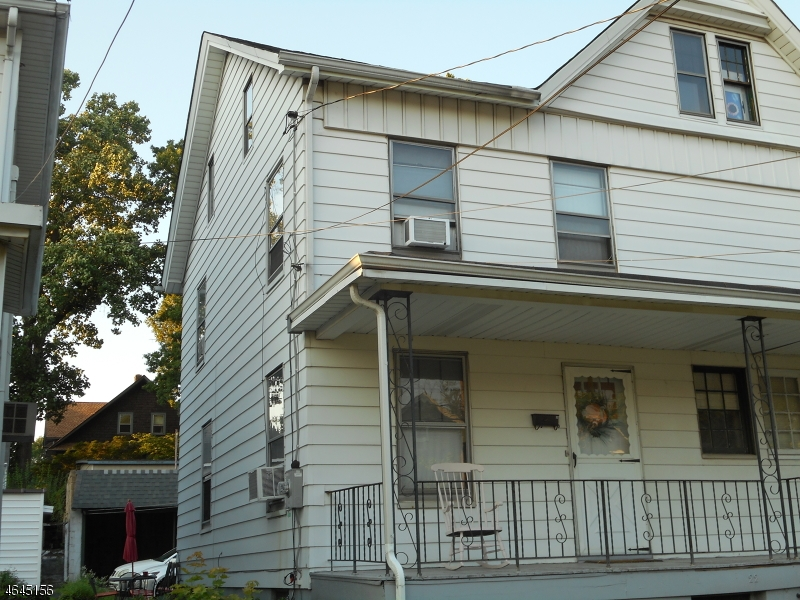 Additional photo for property listing at 22 W 2nd Street  Bound Brook, Нью-Джерси 08805 Соединенные Штаты