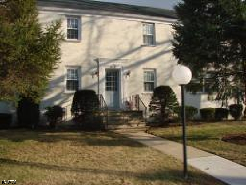 Additional photo for property listing at 14 BASHFORD-F  Union, New Jersey 07083 United States