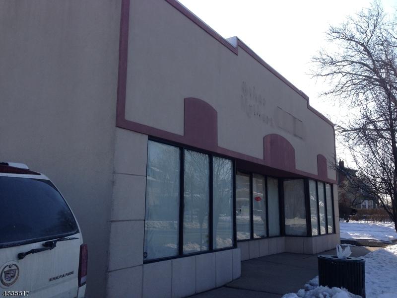 Comercial por un Venta en 461 Irvington Avenue South Orange, Nueva Jersey 07079 Estados Unidos