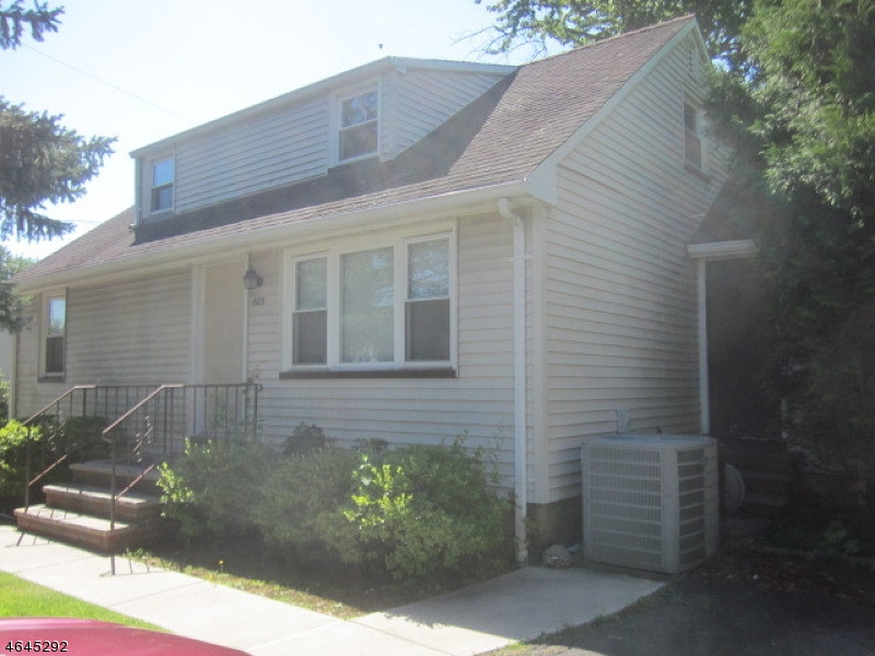 Single Family Home for Sale at 603 Spruce Avenue Garwood, 07027 United States