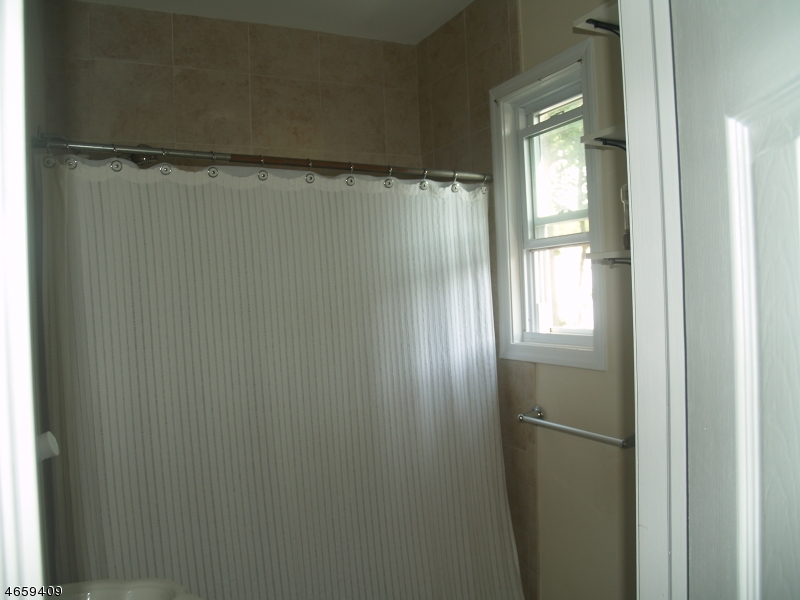 Additional photo for property listing at 7 Howell Street  Madison, New Jersey 07940 États-Unis