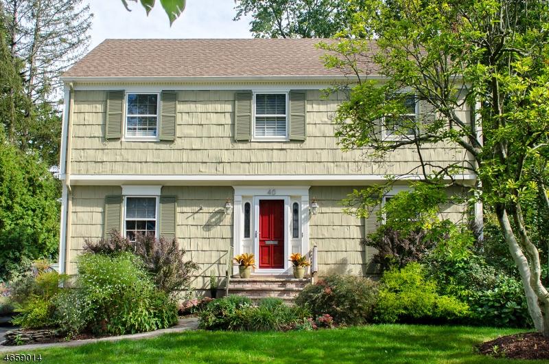 Maison unifamiliale pour l Vente à 40 CANOE BROOK PARKWAY Summit, New Jersey 07901 États-Unis