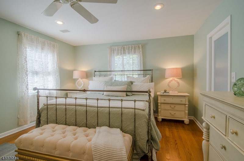 Additional photo for property listing at 40 CANOE BROOK PARKWAY  Summit, New Jersey 07901 United States