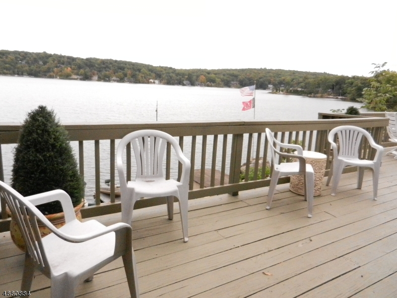 Additional photo for property listing at 2110 LAKESIDE DR W  Vernon, New Jersey 07462 United States