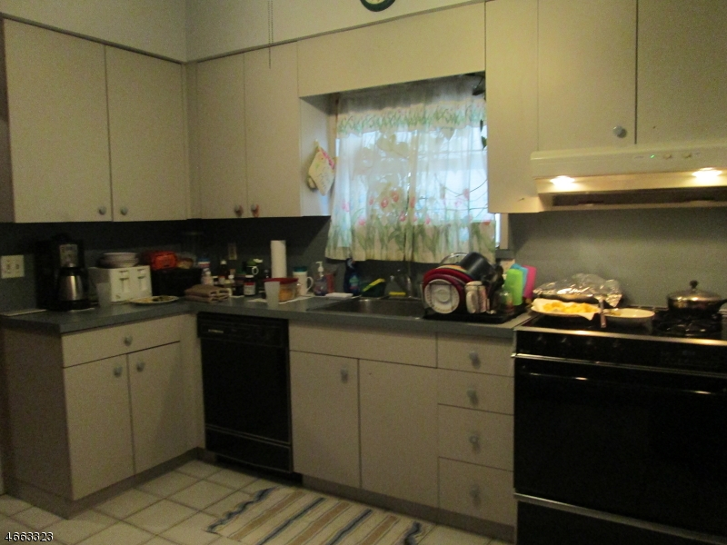 Additional photo for property listing at 623 2nd Avenue  Elizabeth, 新泽西州 07202 美国