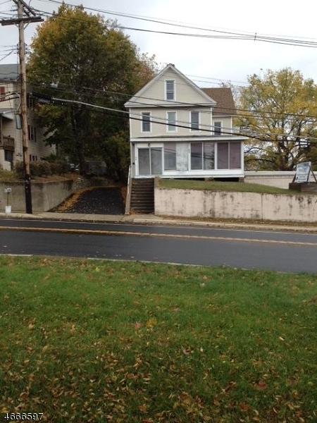 Maison unifamiliale pour l à louer à 17 State Route 183 Netcong, New Jersey 07857 États-Unis