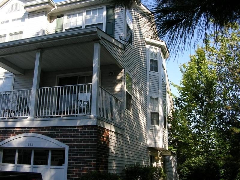 Частный односемейный дом для того Аренда на 1113 Worthington Court Denville, 07834 Соединенные Штаты