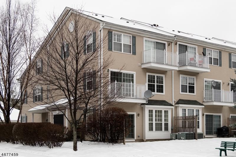 Частный односемейный дом для того Аренда на 723 Firethorn Drive Union, 07083 Соединенные Штаты