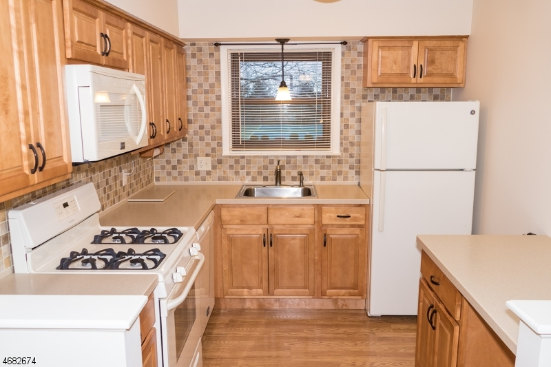 Single Family Home for Rent at 711 Yorkshire Drive Flemington, New Jersey 08822 United States